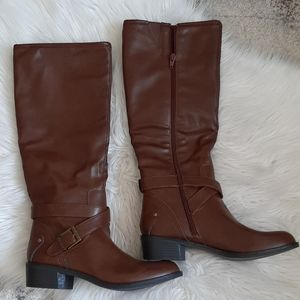 NWOB a.n.a brown riding boots